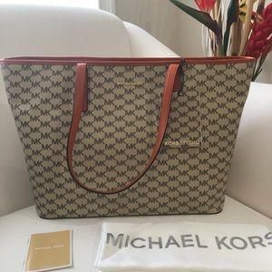 Michael Kors bag .
